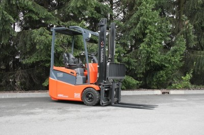TOYOTA 7 FBEST 15 electric forklift