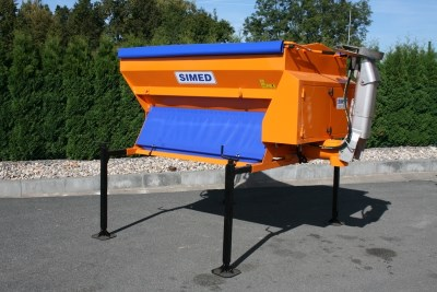 SVS 1,0 R road gritter